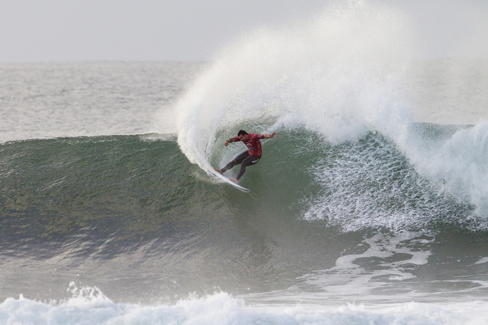 Cardoso smoked a tweaked Kelly Slater in Round 3, Dominated Round 4 before getting jittery against Nat Young