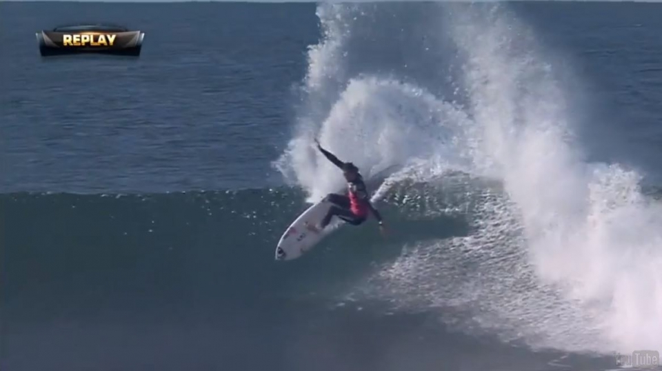In the dying moments of their round 5 heat, Jordy needed a 9.97 to progress against Julian Wilson. This hack was followed