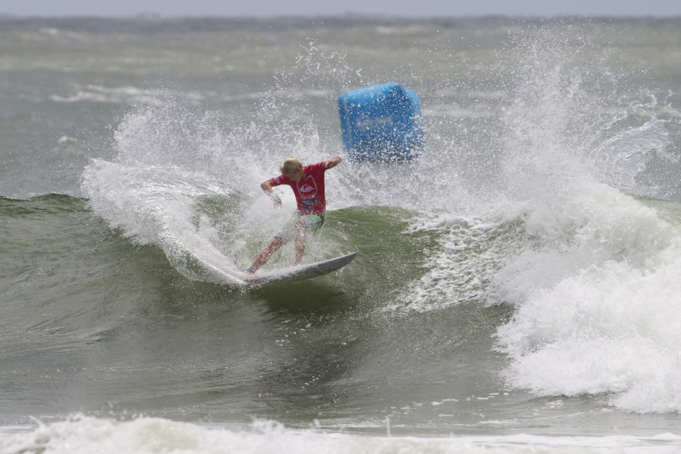 John John Florence is cruising as is his way, he is yet to be tested