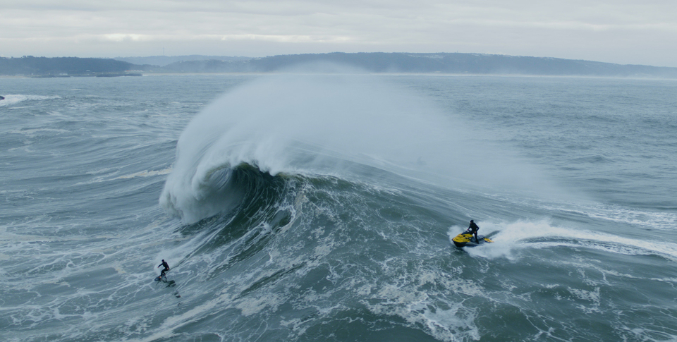 Scale means nothing when it comes to Nazare.