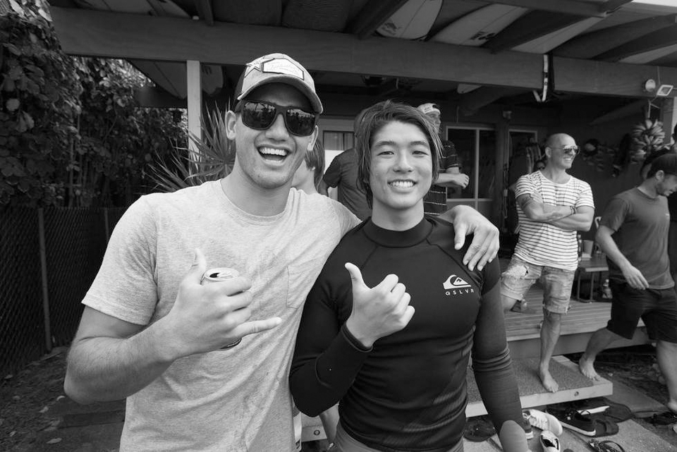 Two sides of the qualification story. Kanoa double qualified and opened up a spot for Quiksilver team mate and best bud, Zeke Lau.