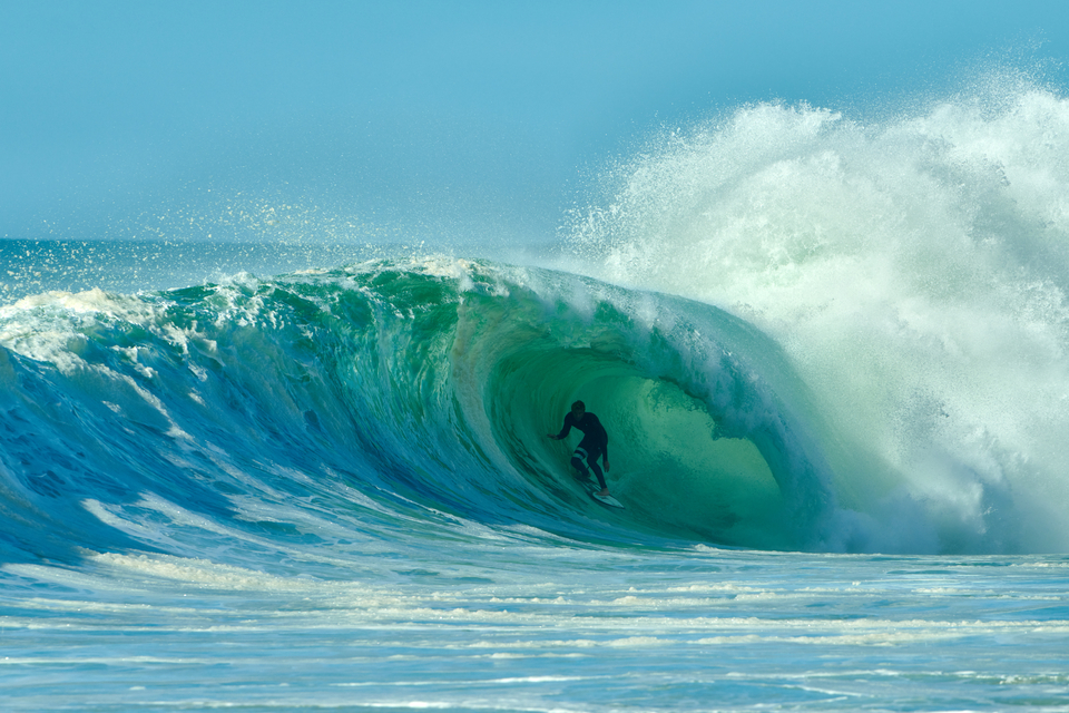 You'll forgive the rather shaded composure of Kolohe here but when the water's that heavy and you're in that deep, it does not leave much wriggle room. But a stunning keg to (probable) closeout nonetheless.