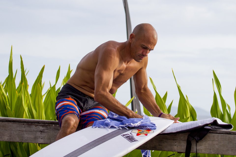 Kelly Slater getting ready ...