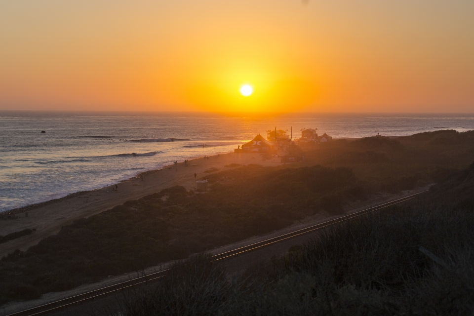 With negligible swell along the rest of the coast, little peaks continue to pulse onto the cobblestones of Lowers. Tuesday is looking much the same.