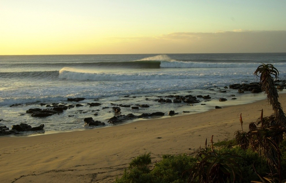 LTL - Yves Van den Meerssche's photo of Jeffreys Bay (J-Bay)