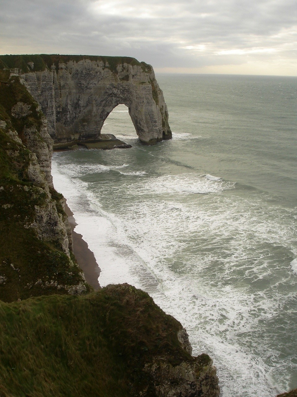 Kris Dejonghe's photo of Etretat