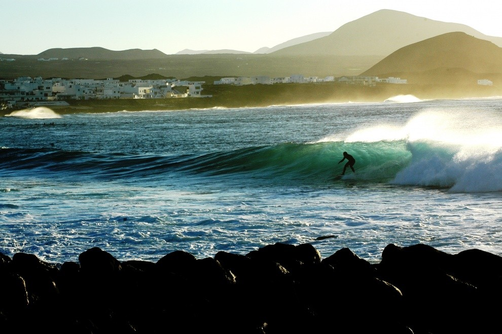Tom Callens's photo of La Santa