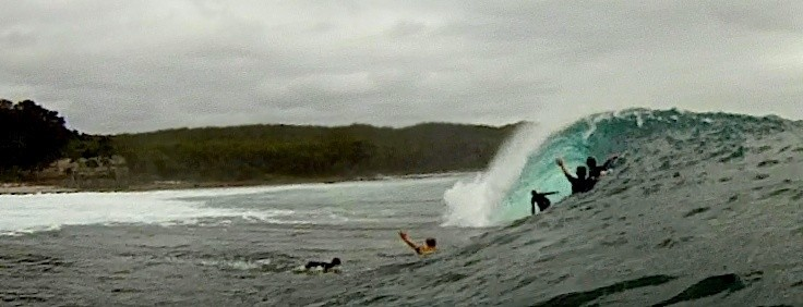 mrharry's photo of Black Rock / Aussie Pipe