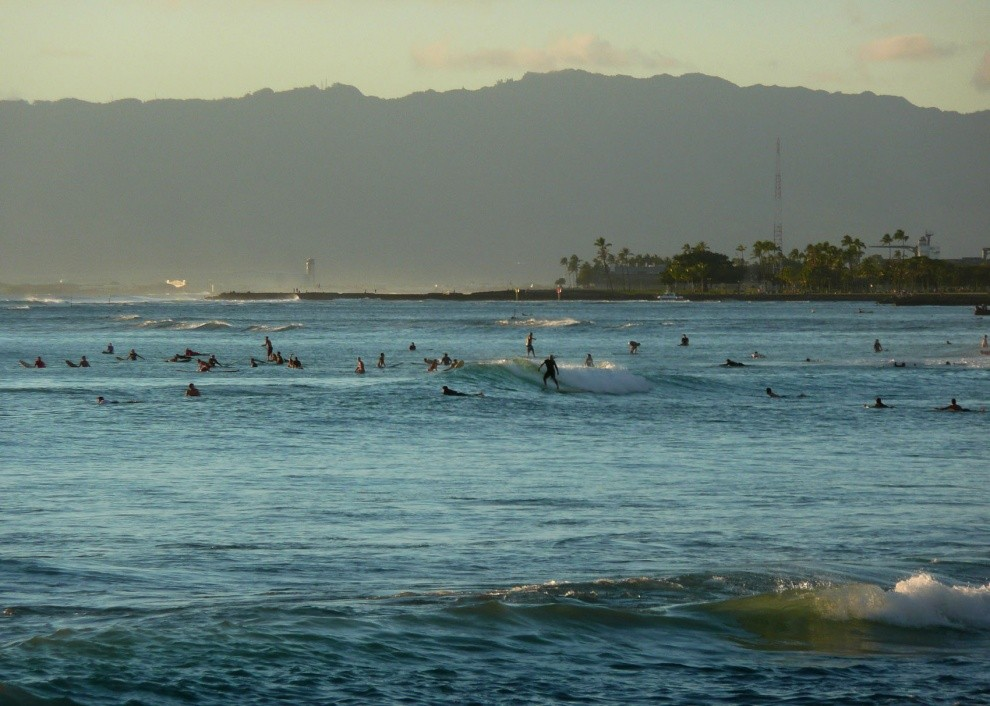 Liquid Cave Dweller's photo of Queens/Canoes (Waikiki)