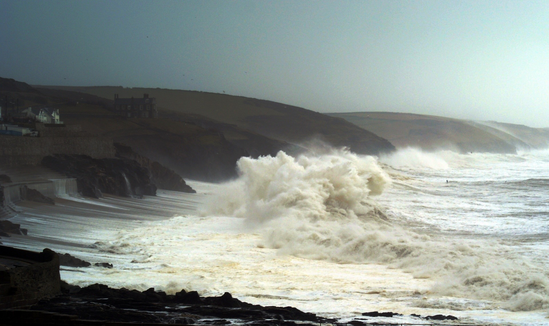 Poontang surfer's photo of Porthleven