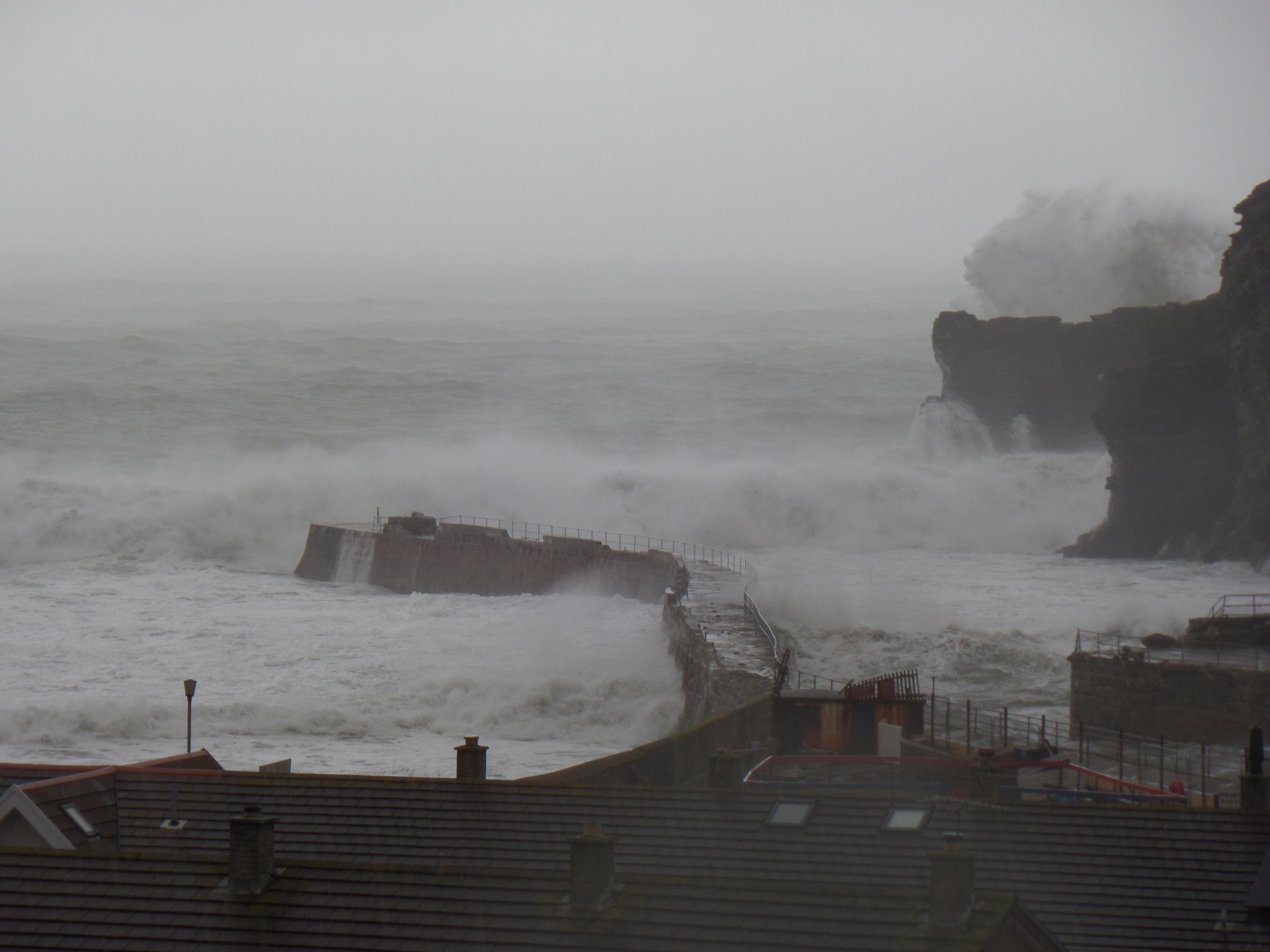 Jobadge's photo of Portreath - Beach