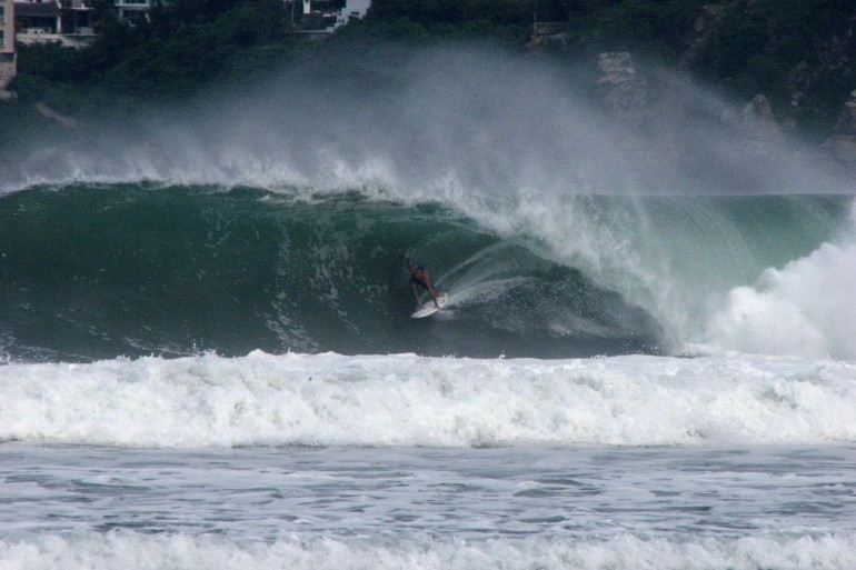RpmSURFER's photo of Acapulco