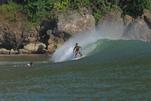 yayak surfshoot's photo of Pacitan